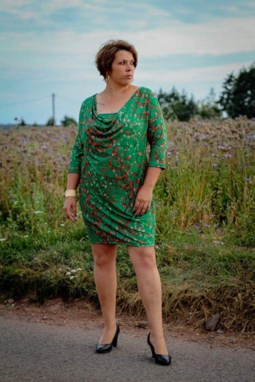 Kaskadd Kleid Ärmel Anne Groß 04 - Antonia Montano - Schnittmuster